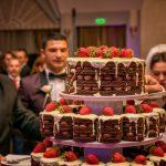 Tort Ciocolata si fructe de padure pentru George si Alexandra la Del Mar