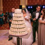 Tort de cocos si vanilie la Restaurant Aristrocratos